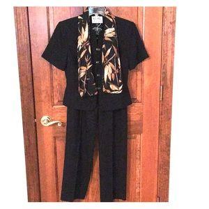 Kasper black 2 piece pant suit with scarf